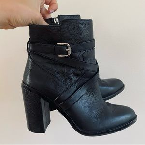 Vince Camuto Gravell Black Leather Ankle Boots